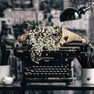 Frische Texte lassen sich auch auf antiker Schreibmaschine schreiben